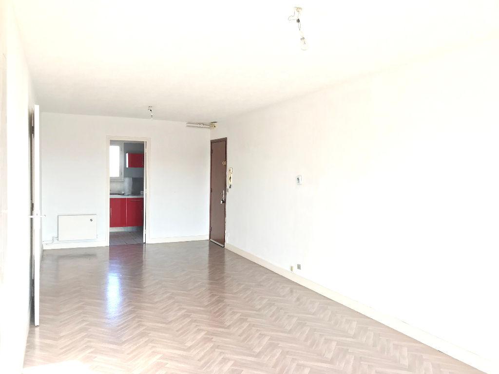 Appartement Armentieres 3 pièce(s) 72.11 m2