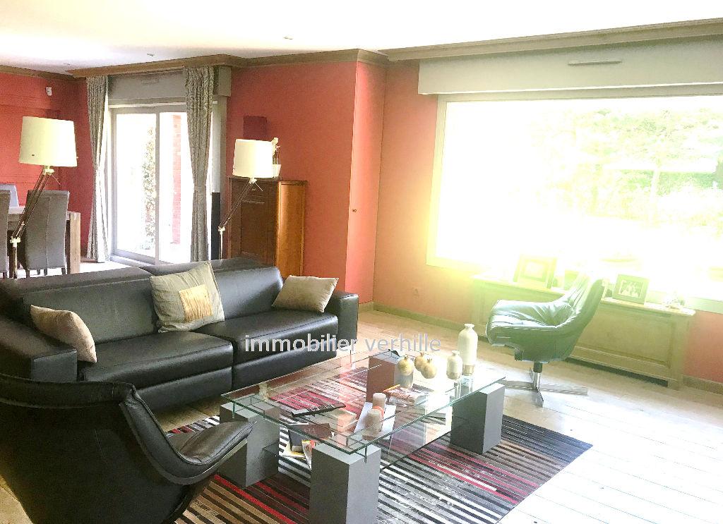 Villa Houplines 6 pièce(s) 200 m2