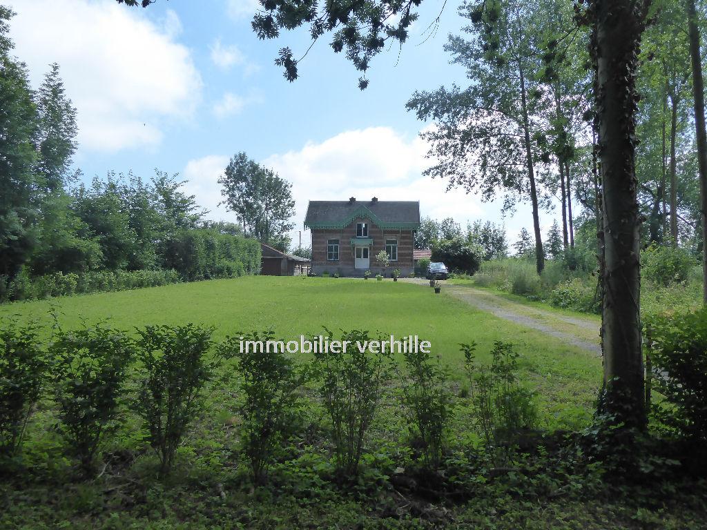 Maison Fournes  En Weppes 6 pièce(s) 124.65 m2