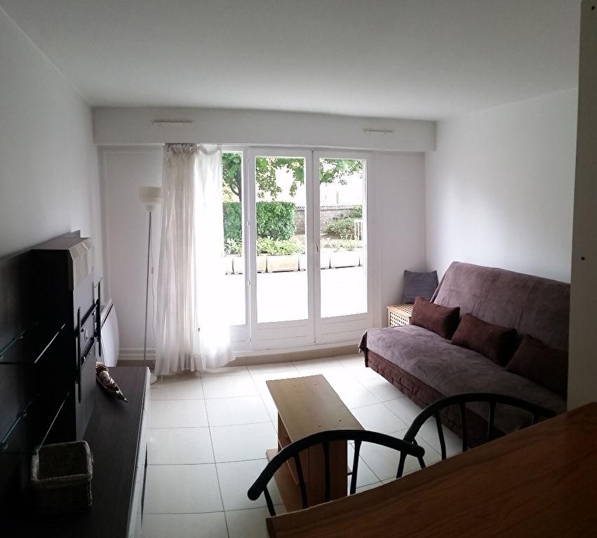 Appartement Maisons Laffitte 1 pièce(s) 19,13 m2