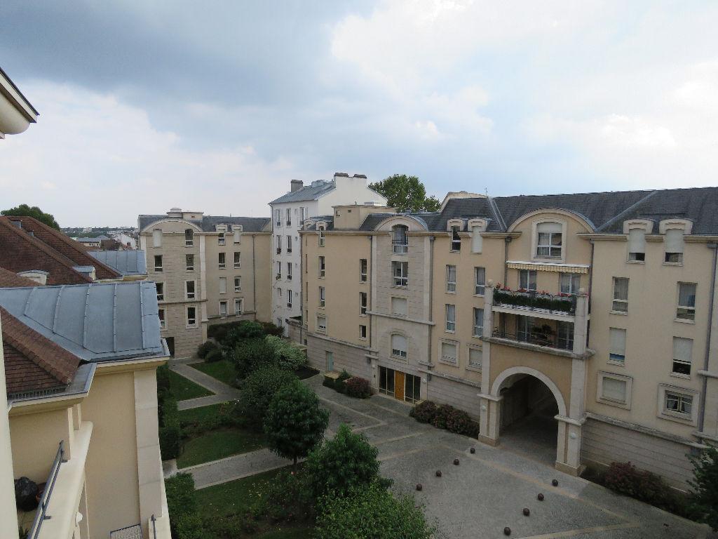 Appartement Maisons Laffitte 4 pièce(s) 85.65 m2