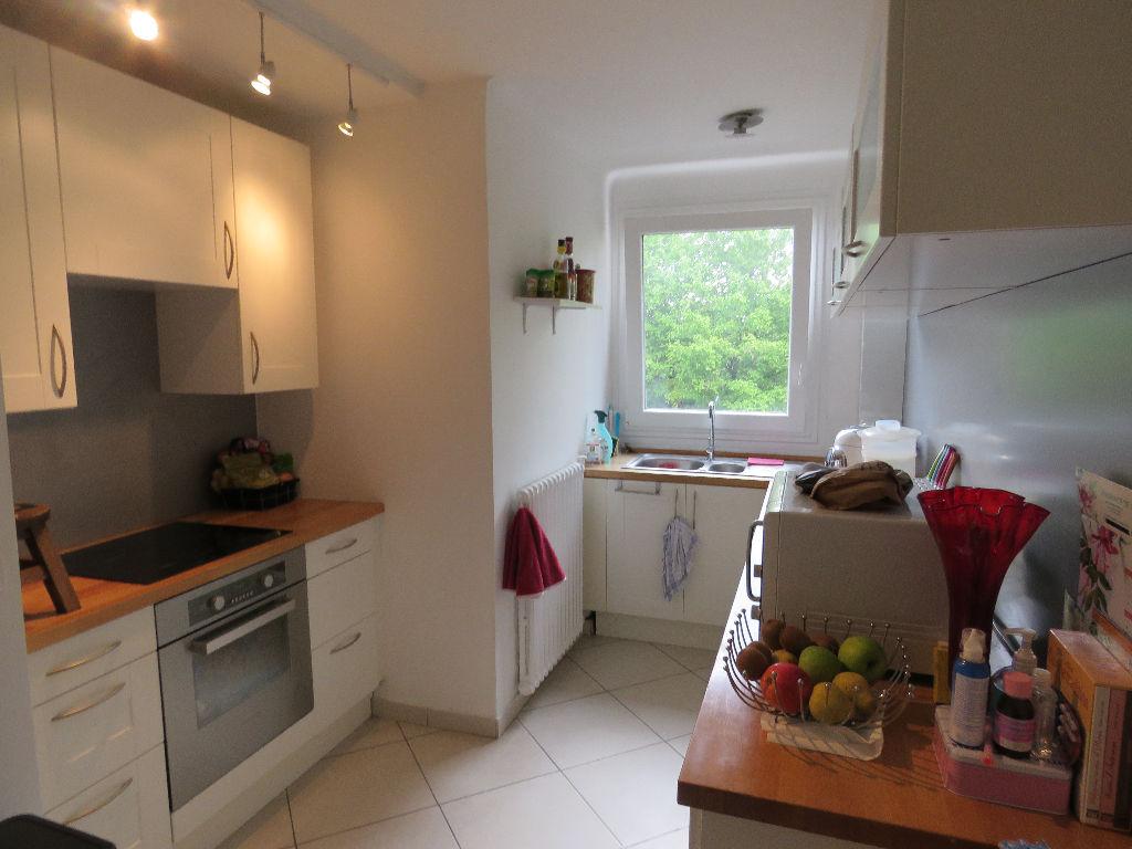 Appartement  Maisons Laffitte 3 pièce(s) 74.59 m2