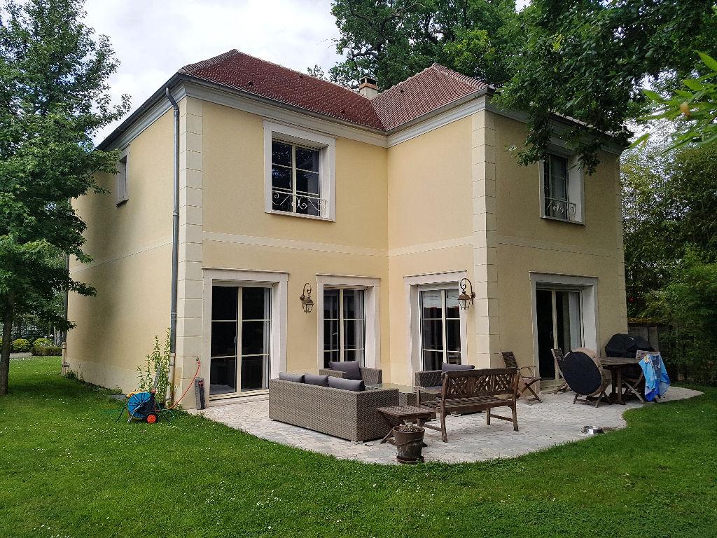 Villa Maisons-Laffitte 8 pièce(s) 210 m²