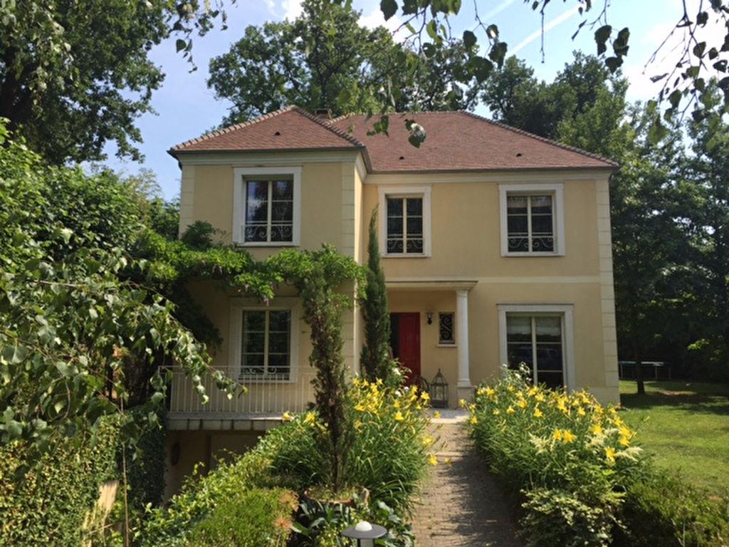 Maison Maisons Laffitte 8 pièce(s) 210 m2