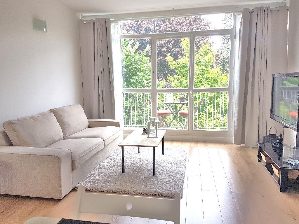 Appartement 3 pièces 2 chambres de 63m²