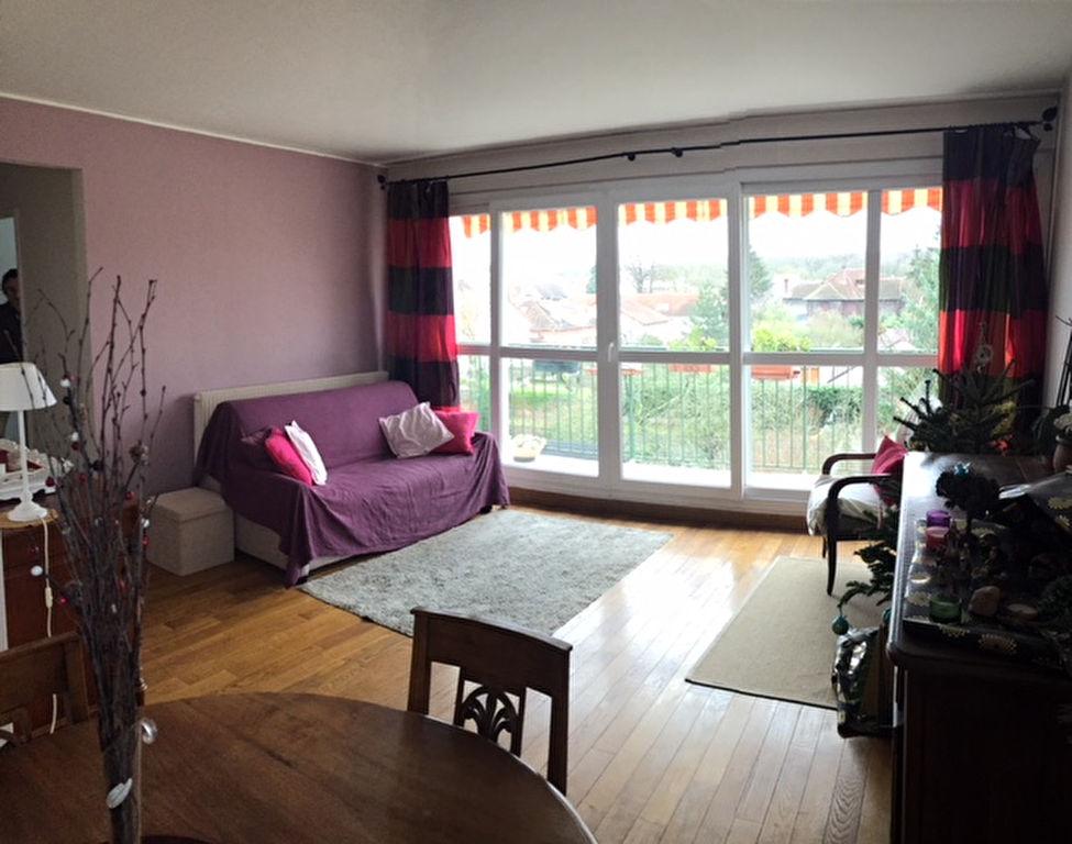 Appartement Maisons Laffitte 3 pièce(s) 73.60 m2