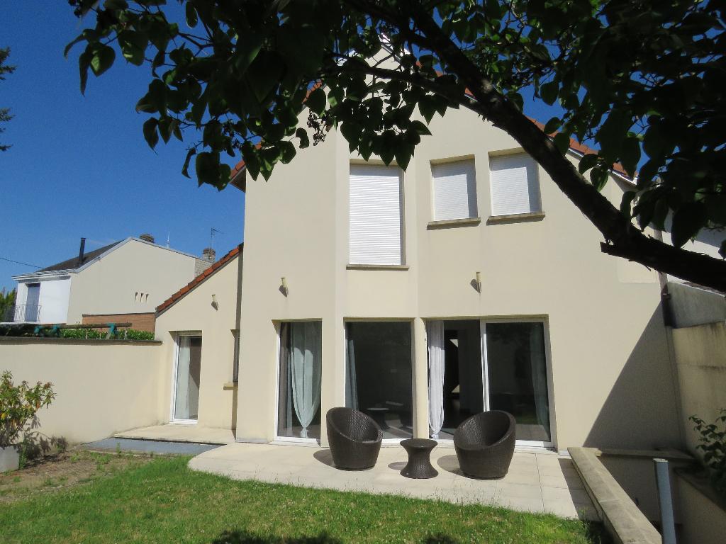 Maison Maisons Laffitte 6 pièce(s) 130 m2