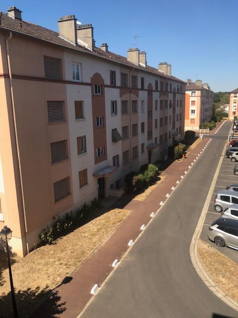 Appartement Le Mesnil Le Roi 3 pièce(s) 61.87 m2