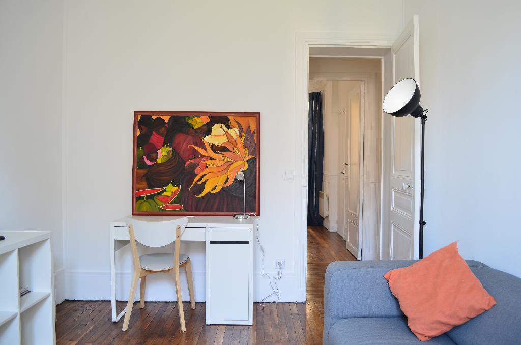Appartement 2 Pièces MEUBLE - PARIS 75017
