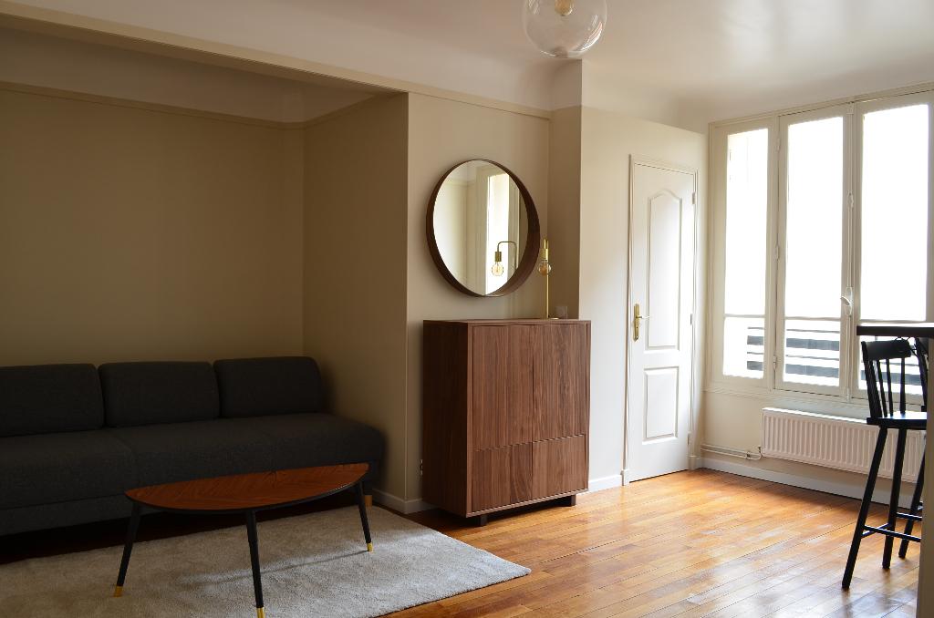 STUDIO MEUBLE 28 m² - PARIS 75018