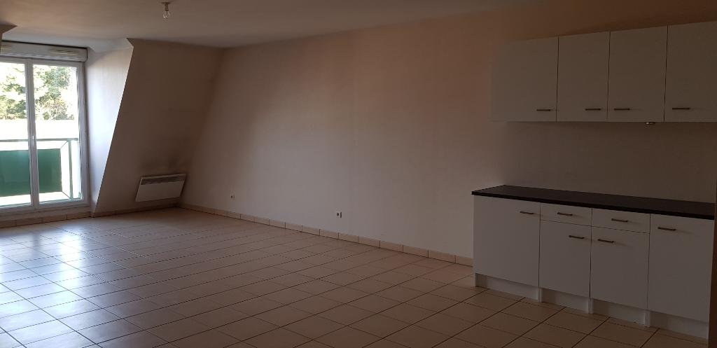 Appartement Auneau 2 pièce(s) 59 m2