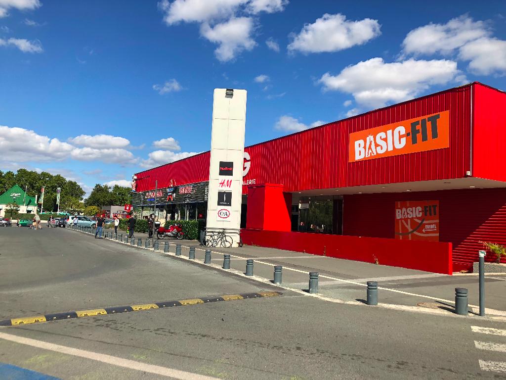 Geant Casino Poitiers local 85m2