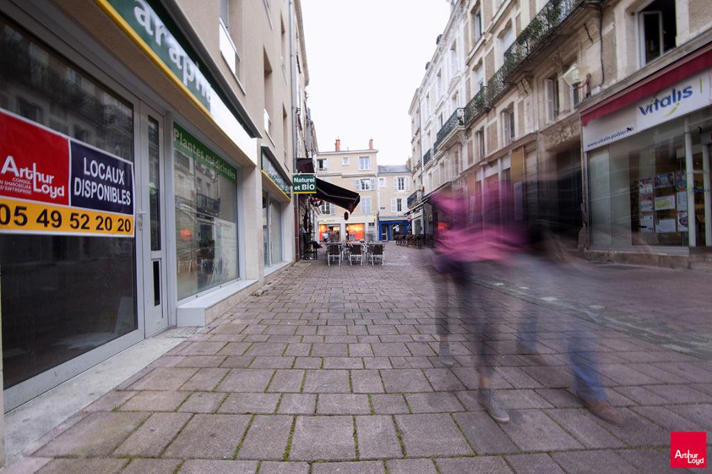 Local commercial Poitiers rue du chaudron d\'or