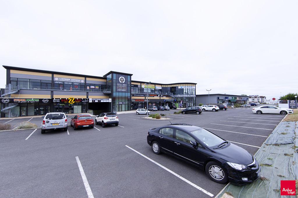 A louer local commercial Poitiers Sud de 188m²