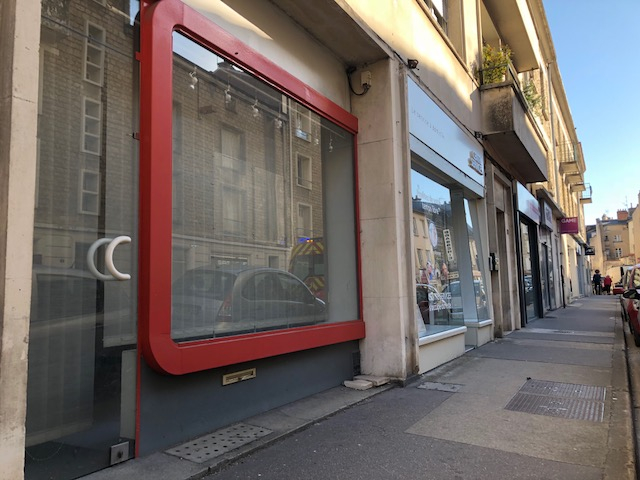 Local commercial Poitiers 56 m2