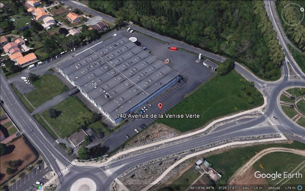 Entrepôt / local industriel Niort 12 042 m2