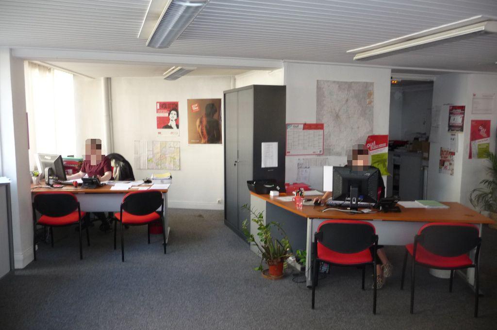 Poitiers, à louer local commercial Poitiers 160 m2 rue de Verdun