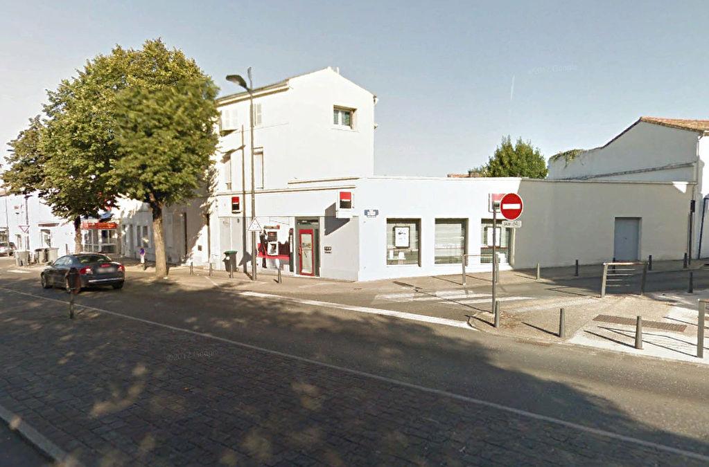 Immeuble mixte bureaux logements Niort av. de Paris