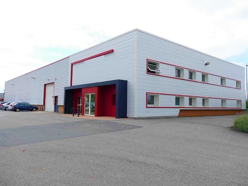Entrepôt / local industriel Migne Auxances 1750 m2