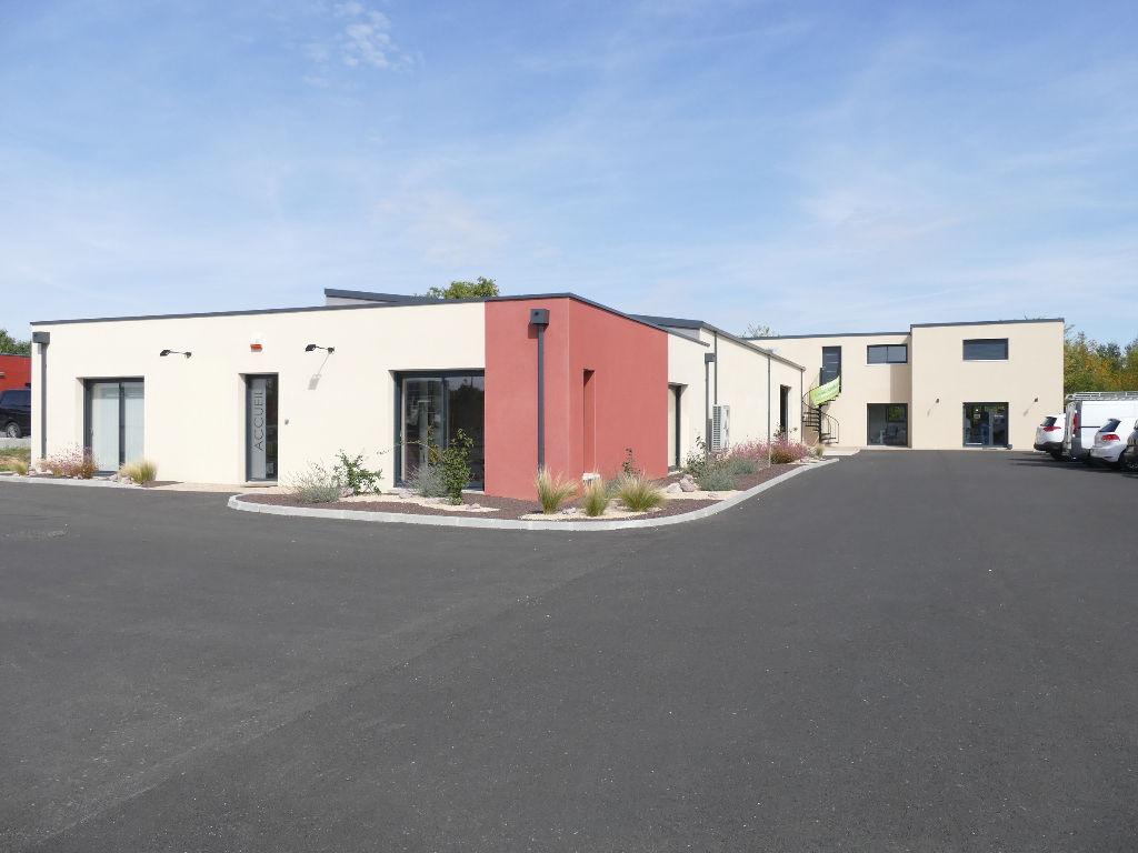 Poitiers Sud, site investisseur avec bureaux et local d\'activité