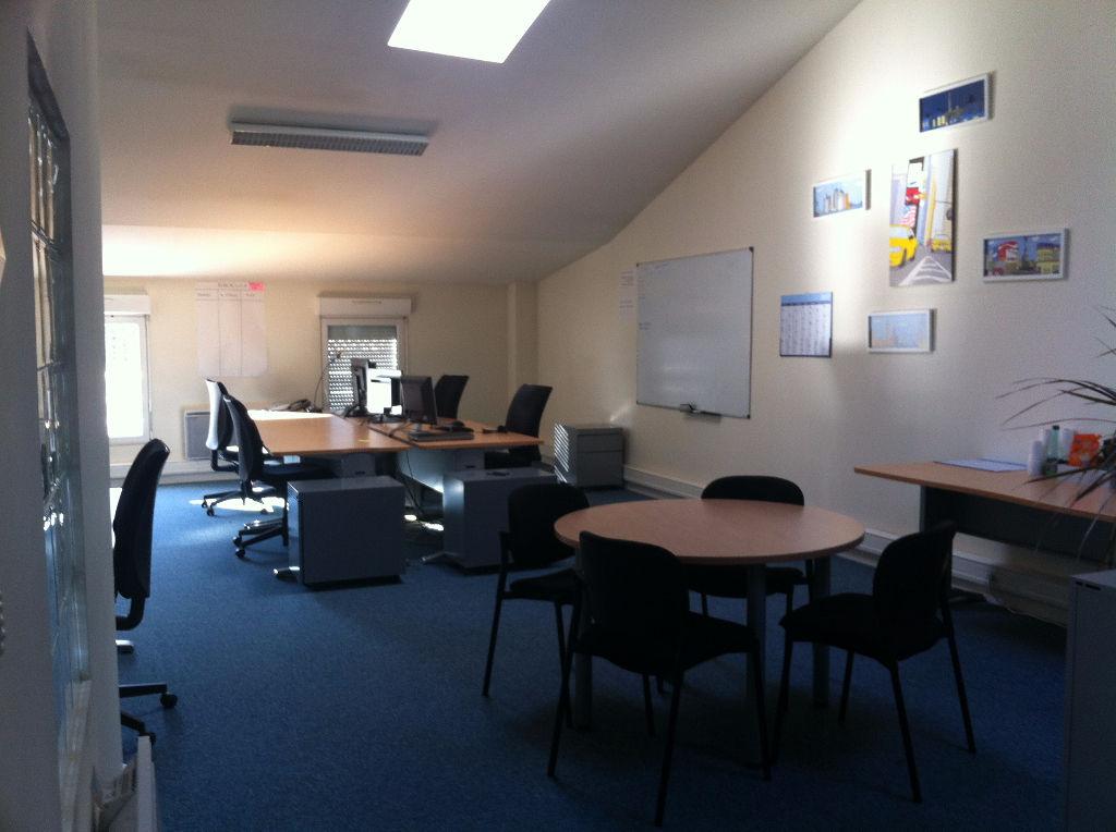 Bureaux Niort 110 m2 2ème étage