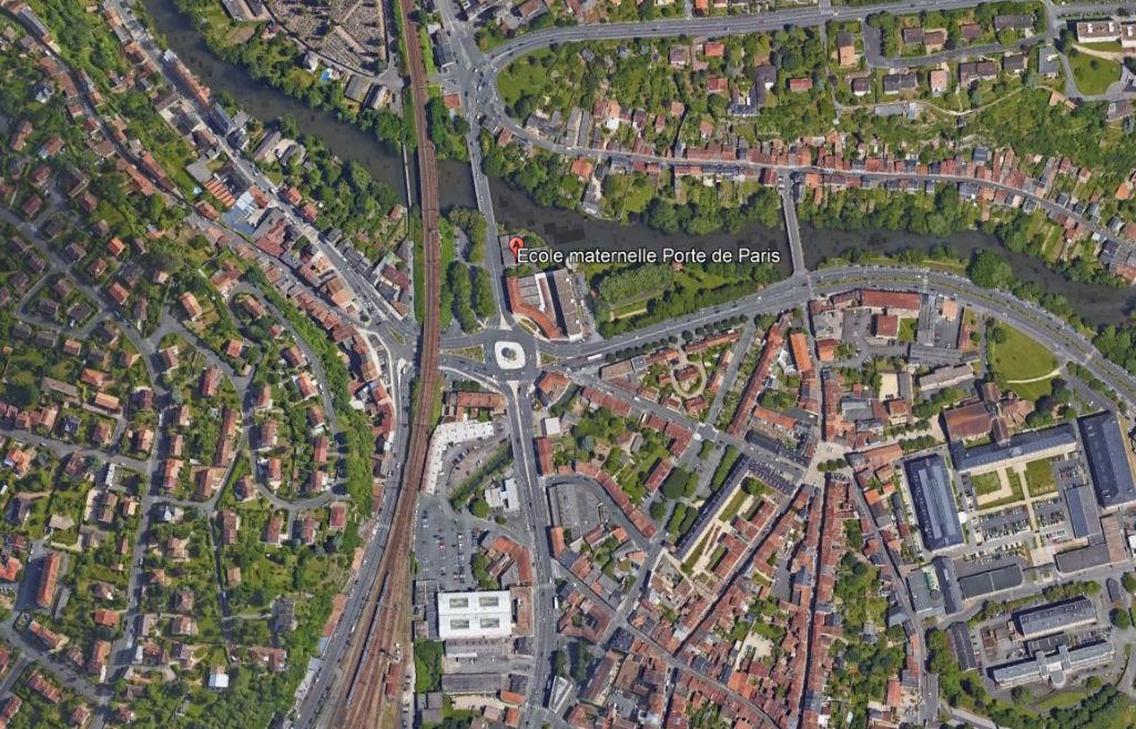 Local commercial porte de Paris à Poitiers