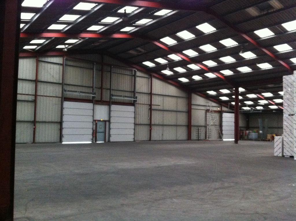 Entrepôt / local industriel Echire 2270 m2