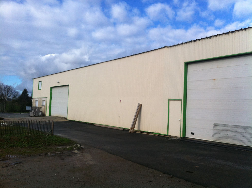 Entrepôt / local industriel Echiré 750 m2