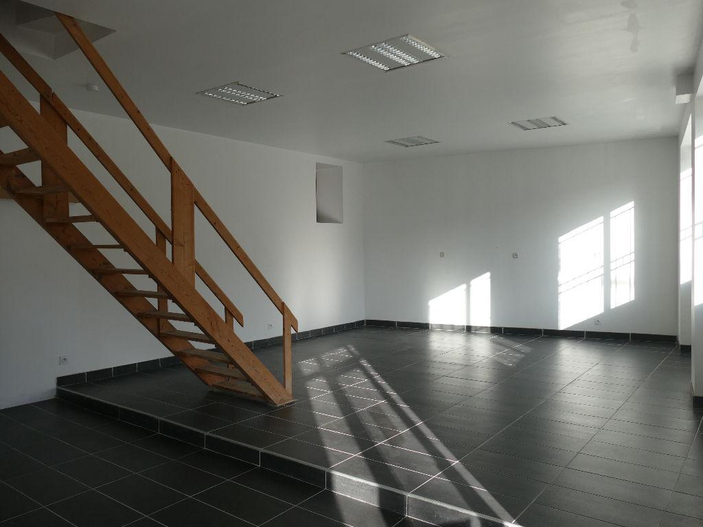 Poitiers 55 m2   Bureaux ou local commercial - Secteur citée Judiciaire