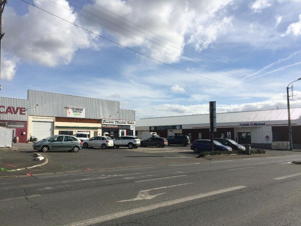 Local commercial Niort 500 m2