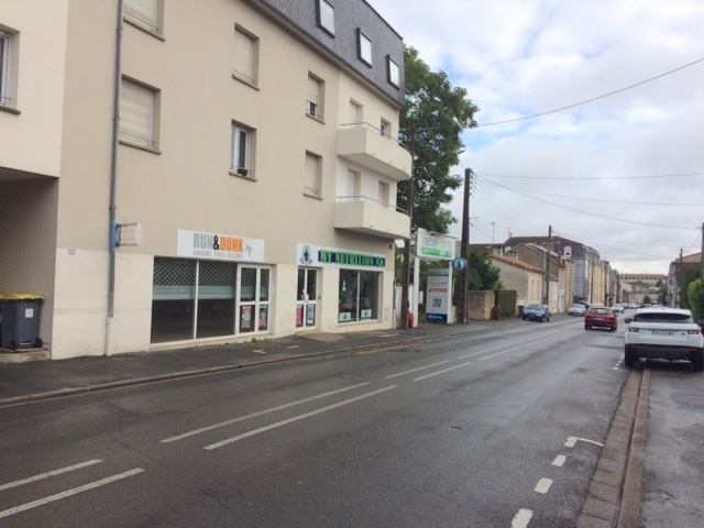 Local commercial Poitiers 262 m2