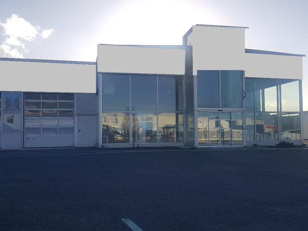 A louer - à vendre Entrepôt / local industriel  ou local commercial Migné Auxances 1600 m2