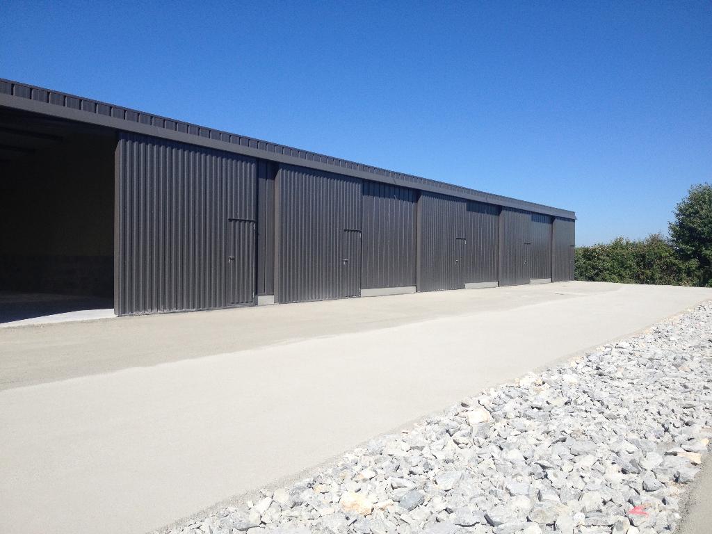 Entrepôt / local industriel La Creche 108 m2