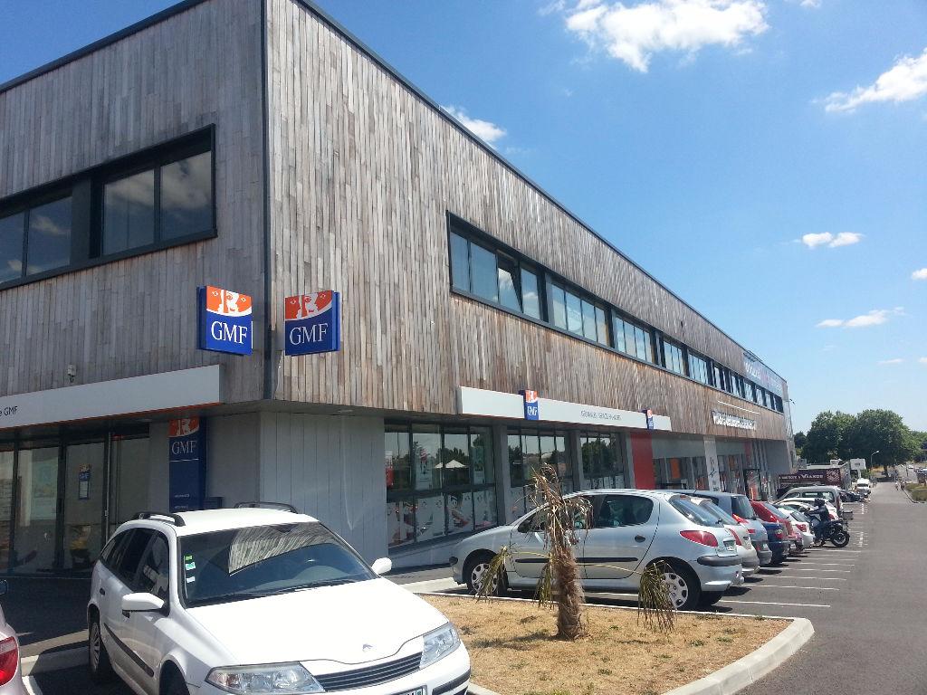 A vendre bureaux  450 m2 Poitiers Est
