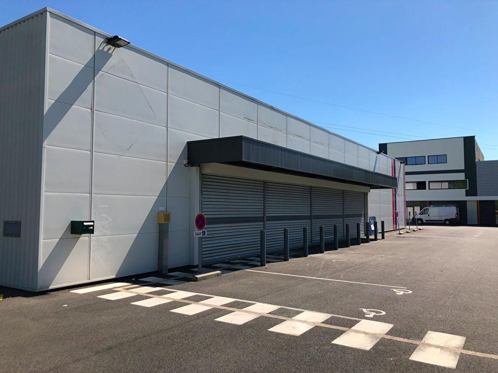 Local commercial Niort 1119 m2