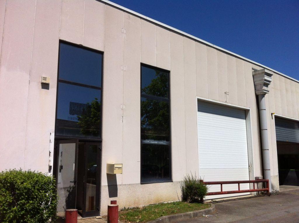 A LOUER Local d'activité 380 m² TOULOUSE SUD OUEST