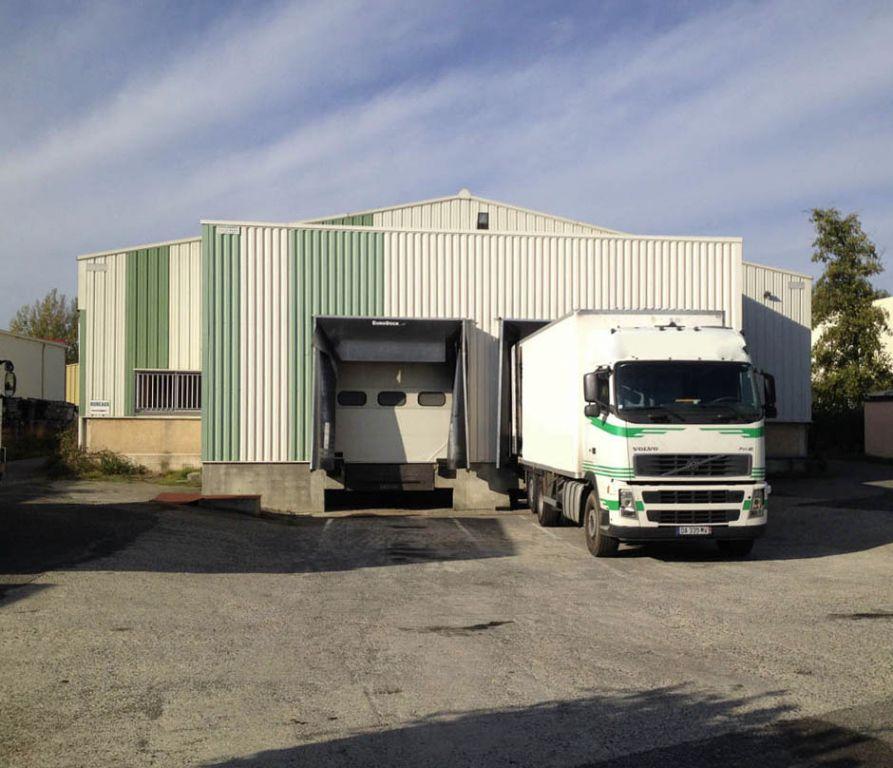 A LOUER Entrepôt  830 m² à SAINT ALBAN