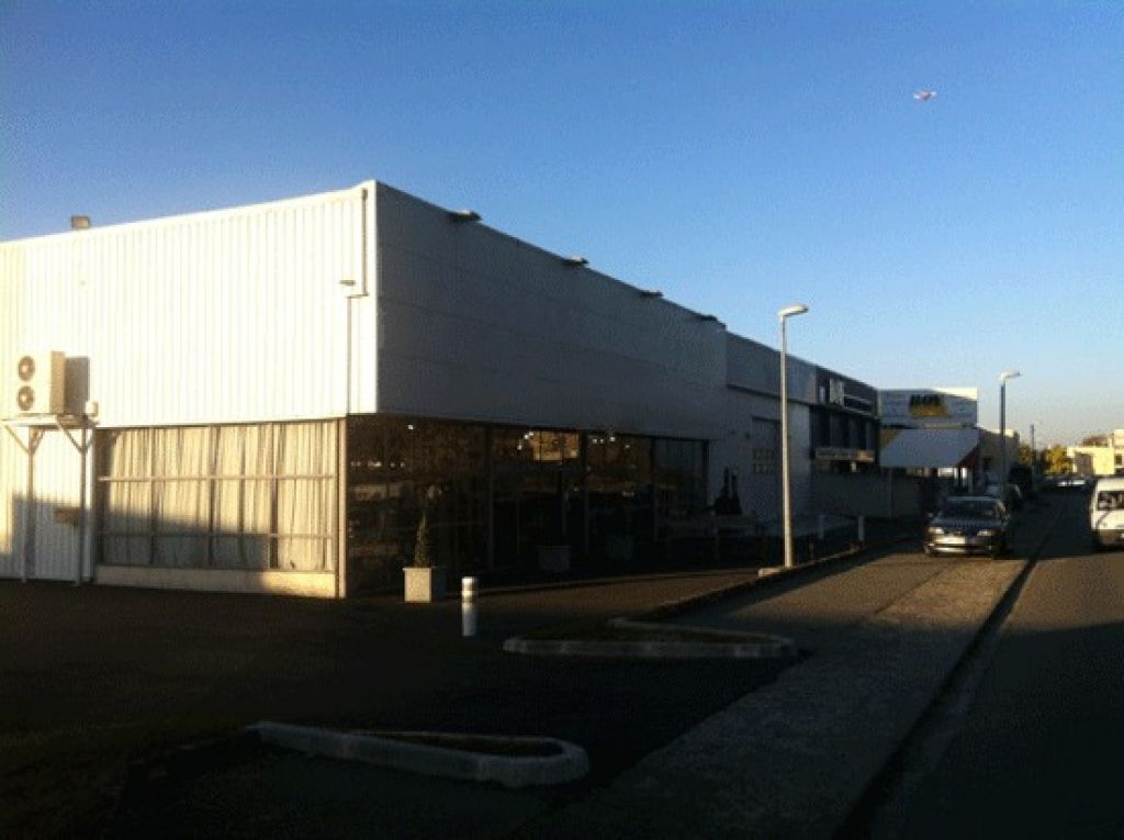 Local commercial Portet Sur Garonne 480m2