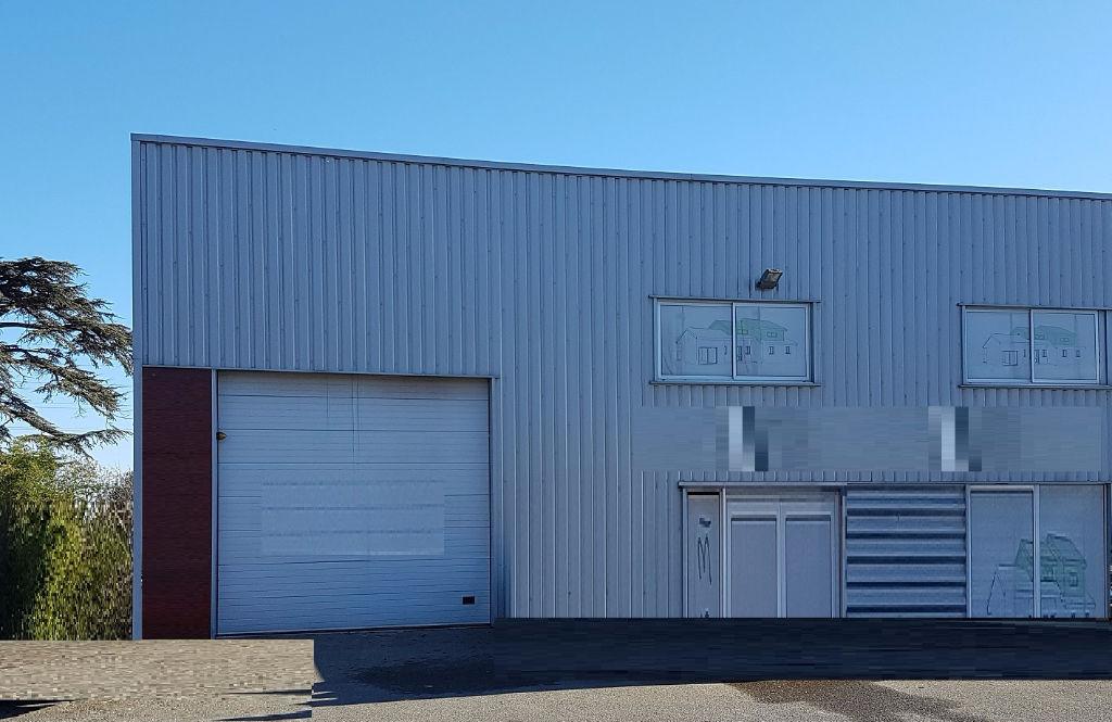 A LOUER Local d'activité  572 m² ZI THIBAUD