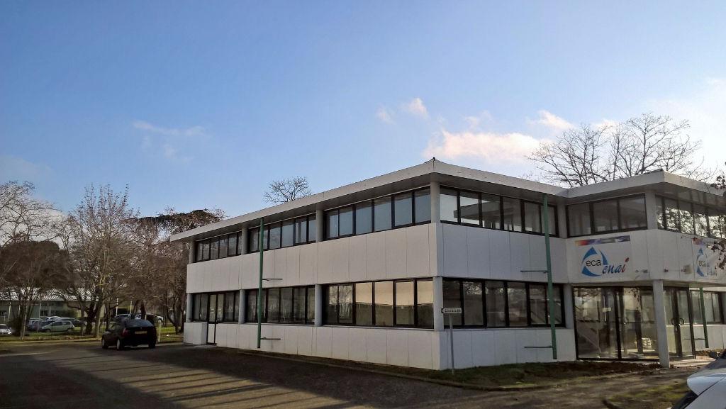 Bureaux Immeuble Indépendant 665 m2 - Toulouse Basso Cambo