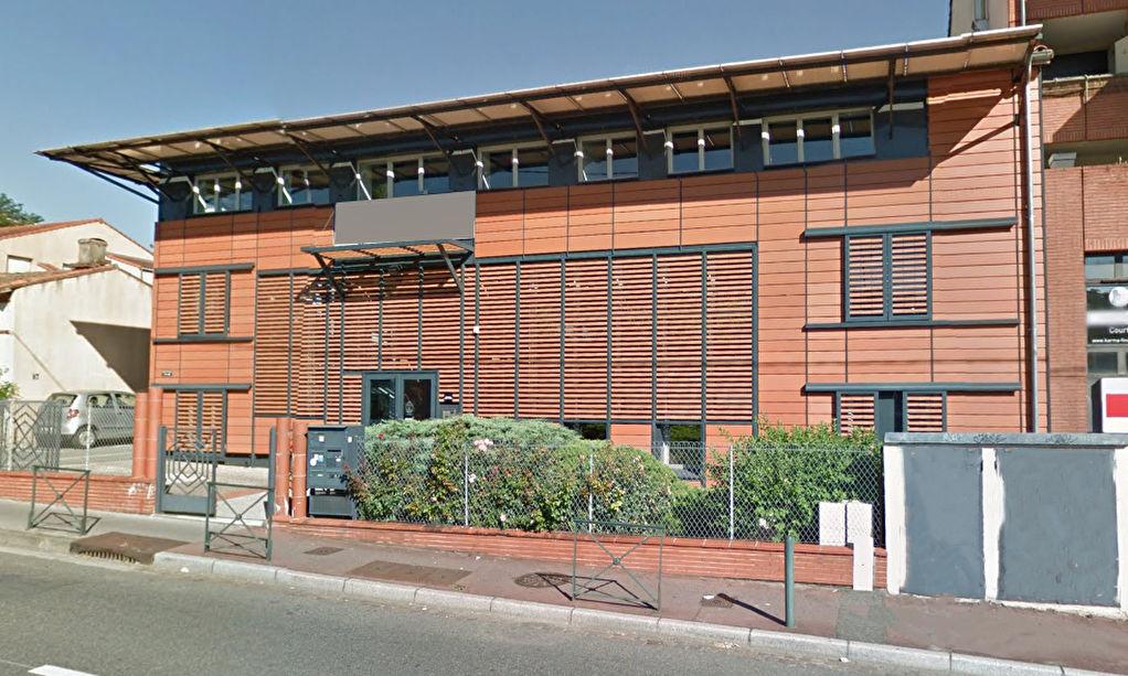 A LOUER - 59 m2 Bureaux - Jolimont