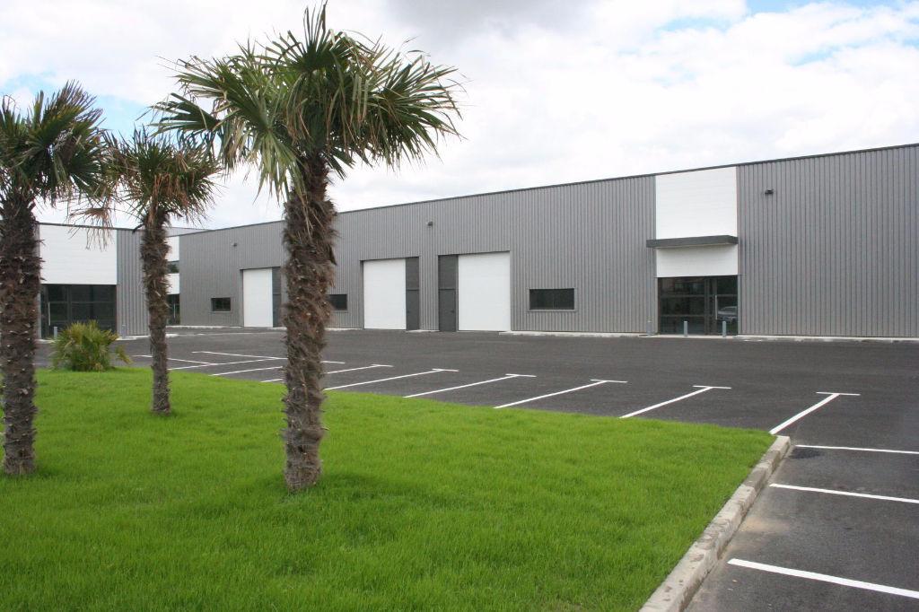 A LOUER Local d'activité 360 m² MURET SUD