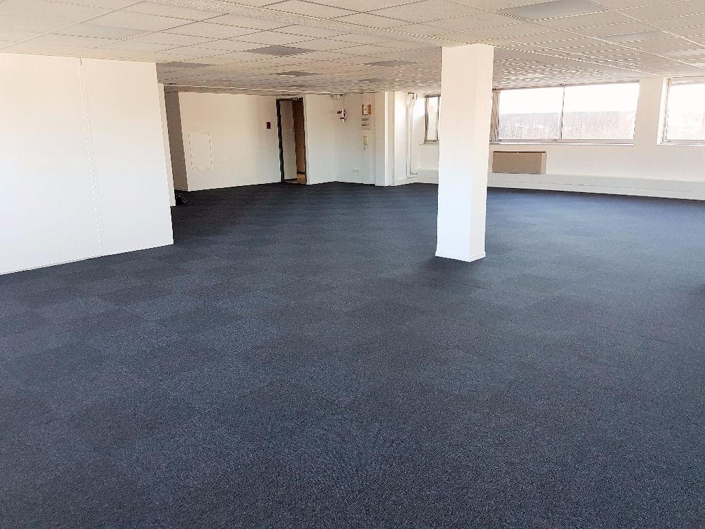 A louer- Bureaux rénovés 745 m2 divisibles - Toulouse Purpan