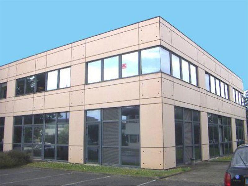Bâtiment indépendant de bureaux à louer