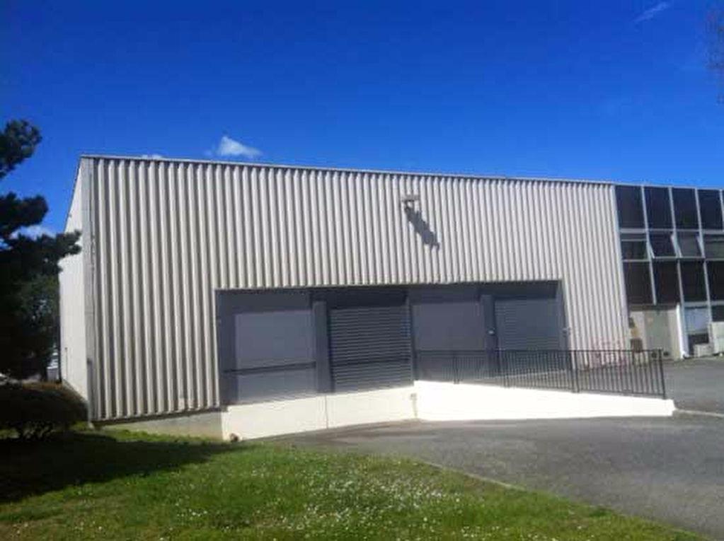 A LOUER Entrepôt  1570 m² à BLAGNAC