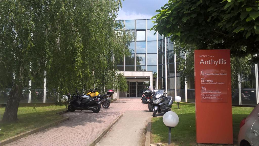 Bureaux RDC à louer - ANTHYLLIS - Basso Cambo