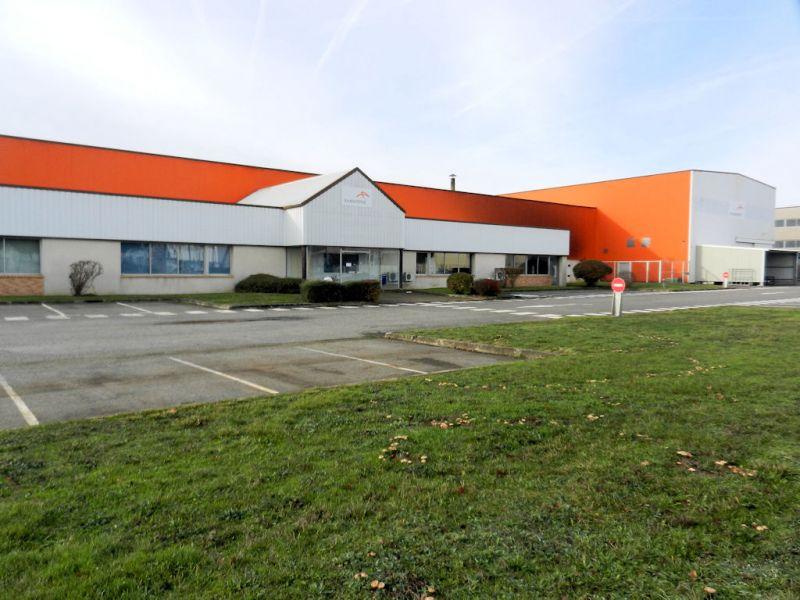 Local d'activit� Tournefeuille 2714 m2