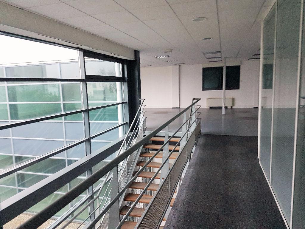 Bureaux à louer  460 m2 - Blagnac