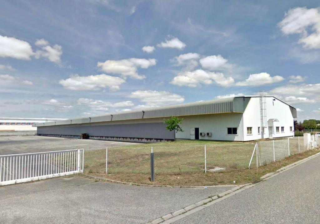 A LOUER Bâtiment de messagerie /stockage 3400 m² ZA FRANCAZAL