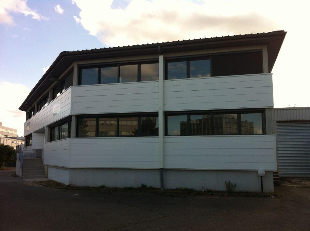 Bureaux � Louer - Le Palays - 100 m2